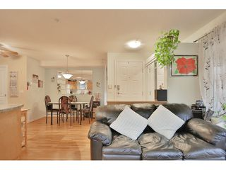 "Photo 8: 37 7488 SOUTHWYNDE Avenue in Burnaby: South Slope Townhouse for sale in ""LEDGESTONE I"" (Burnaby South)  : MLS®# R2013482"
