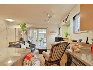 "Photo 9: 37 7488 SOUTHWYNDE Avenue in Burnaby: South Slope Townhouse for sale in ""LEDGESTONE I"" (Burnaby South)  : MLS®# R2013482"