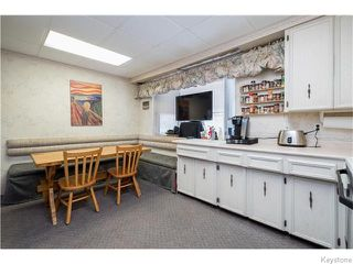 Photo 5: 1214 Kildonan Drive in Winnipeg: East Kildonan Residential for sale (North East Winnipeg)  : MLS®# 1604914