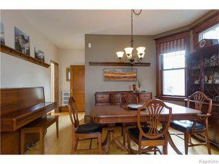 Photo 5: 221 Walnut Street in Winnipeg: West End / Wolseley Residential for sale (West Winnipeg)  : MLS®# 1609946