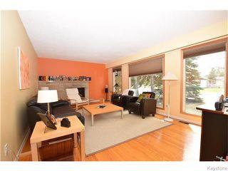 Photo 2: 31 Briar Cliff Bay in Winnipeg: Fort Garry / Whyte Ridge / St Norbert Residential for sale (South Winnipeg)  : MLS®# 1611383