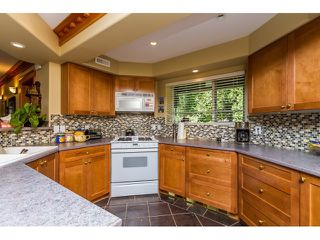 "Photo 17: 7923 MEADOWOOD Drive in Burnaby: Forest Hills BN House for sale in ""FOREST HILLS"" (Burnaby North)  : MLS®# R2070566"
