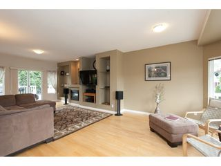 """Photo 3: 6609 205 Street in Langley: Willoughby Heights House for sale in """"Willow Ridge"""" : MLS®# R2079702"""