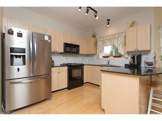 """Photo 8: 6609 205 Street in Langley: Willoughby Heights House for sale in """"Willow Ridge"""" : MLS®# R2079702"""