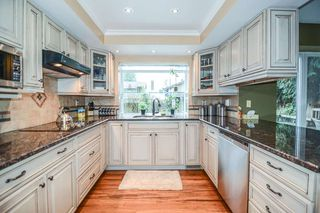 Photo 2: 21341 124 Avenue in Maple Ridge: West Central House for sale : MLS®# R2096539