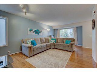 Photo 5: 26 HIDDEN VALLEY Link NW in Calgary: Hidden Valley House for sale : MLS®# C4079786