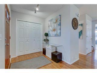 Photo 3: 26 HIDDEN VALLEY Link NW in Calgary: Hidden Valley House for sale : MLS®# C4079786