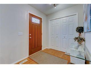Photo 2: 26 HIDDEN VALLEY Link NW in Calgary: Hidden Valley House for sale : MLS®# C4079786