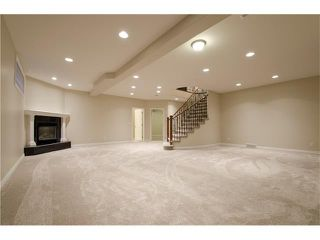 Photo 25: 129 SIMCOE Crescent SW in Calgary: Signal Hill House for sale : MLS®# C4106830