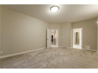 Photo 18: 129 SIMCOE Crescent SW in Calgary: Signal Hill House for sale : MLS®# C4106830