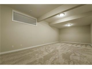 Photo 27: 129 SIMCOE Crescent SW in Calgary: Signal Hill House for sale : MLS®# C4106830