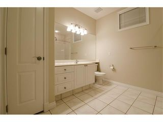 Photo 26: 129 SIMCOE Crescent SW in Calgary: Signal Hill House for sale : MLS®# C4106830