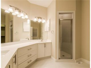 Photo 19: 129 SIMCOE Crescent SW in Calgary: Signal Hill House for sale : MLS®# C4106830