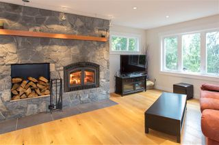 "Photo 6: 40177 BILL'S Place in Squamish: Garibaldi Highlands House for sale in ""Garibaldi Highland"" : MLS®# R2151264"