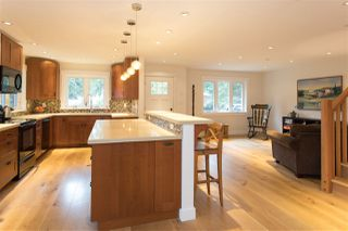 "Photo 3: 40177 BILL'S Place in Squamish: Garibaldi Highlands House for sale in ""Garibaldi Highland"" : MLS®# R2151264"
