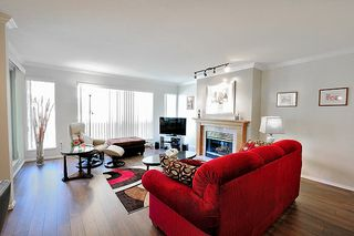 "Photo 3: 213 8300 BENNETT Road in Richmond: Brighouse South Condo for sale in ""MAPLE COURT"" : MLS®# R2159657"