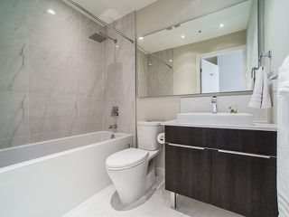 """Photo 11: 424 1588 E HASTINGS Street in Vancouver: Hastings Condo for sale in """"Boheme"""" (Vancouver East)  : MLS®# R2164090"""