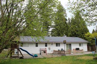 Photo 2: 20830 45A Avenue in Langley: Langley City House for sale : MLS®# R2168415