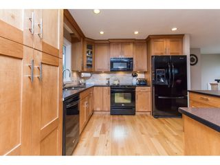 Photo 8: 15860 GOGGS AVENUE in South Surrey White Rock: Home for sale : MLS®# R2087988