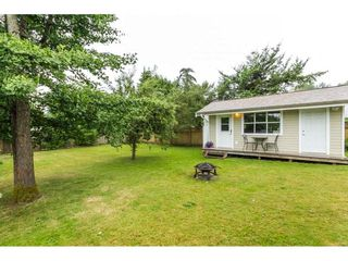 Photo 19: 15860 GOGGS AVENUE in South Surrey White Rock: Home for sale : MLS®# R2087988