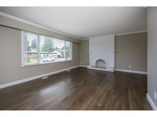 Photo 4: 2085 MAJESTIC Crescent in Abbotsford: Abbotsford West House for sale : MLS®# R2186595