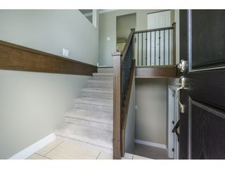 Photo 3: 2085 MAJESTIC Crescent in Abbotsford: Abbotsford West House for sale : MLS®# R2186595