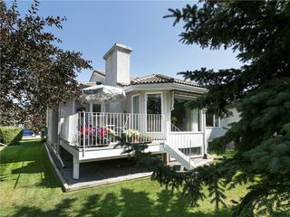 Photo 3: 33 PUMP HILL Landing SW in Calgary: Pump Hill House for sale : MLS®# C4133029
