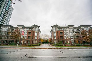 Photo 1: 418 10499 UNIVERSITY Drive in Surrey: Whalley Condo for sale (North Surrey)  : MLS®# R2222495