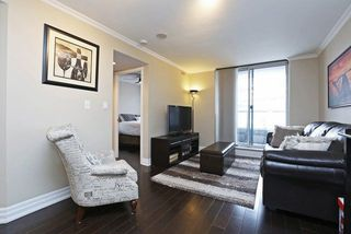 Photo 4: 1765 Queen St E Unit #206 in Toronto: The Beaches Condo for sale (Toronto E02)  : MLS®# E4016712
