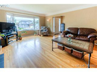Photo 16: 1817 Newton Street in VICTORIA: SE Camosun Residential for sale (Saanich East)  : MLS®# 378993