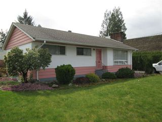 "Photo 1: 32950 BEVAN Avenue in Abbotsford: Central Abbotsford House for sale in ""Mill Lake Area"" : MLS®# R2251284"