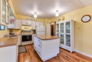 Photo 4: 8643 W TULSY Crescent in Surrey: Queen Mary Park Surrey House for sale : MLS®# R2257341