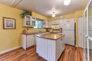 Photo 5: 8643 W TULSY Crescent in Surrey: Queen Mary Park Surrey House for sale : MLS®# R2257341