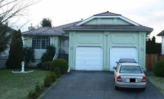 Photo 1: 16426 85 Avenue in Surrey: Fleetwood Tynehead House for sale : MLS®# R2258105