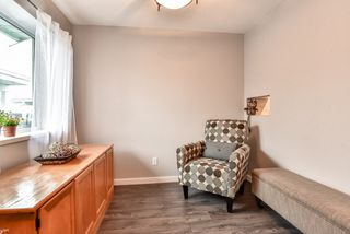 """Photo 5: 23 23580 DEWDNEY TRUNK Road in Maple Ridge: East Central Townhouse for sale in """"St. George's Village Senior House"""" : MLS®# R2258310"""