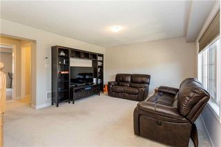 Photo 5: 16 Allium Road in Brampton: Northwest Brampton House (3-Storey) for sale : MLS®# W4163727