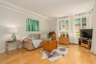 """Photo 6: 211 621 E 6TH Avenue in Vancouver: Mount Pleasant VE Condo for sale in """"Fairmont Place"""" (Vancouver East)  : MLS®# R2289623"""