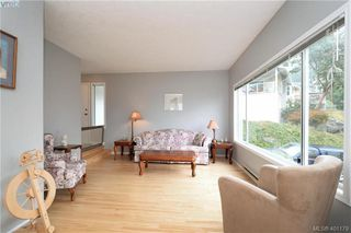 Photo 3: 2209 Henlyn Dr in SOOKE: Sk John Muir Single Family Detached for sale (Sooke)  : MLS®# 800507