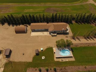Photo 2: 322071A Range Road 244 Road: Rural Kneehill County Detached for sale : MLS®# C4215165