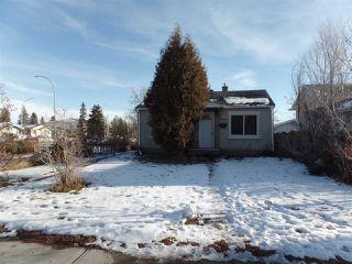Photo 2: 9949 162 Street in Edmonton: Zone 22 House for sale : MLS®# E4136031