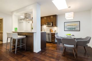 """Photo 5: 314 2150 BRUNSWICK Street in Vancouver: Mount Pleasant VE Condo for sale in """"MOUNT PLEASANT PLACE"""" (Vancouver East)  : MLS®# R2335566"""