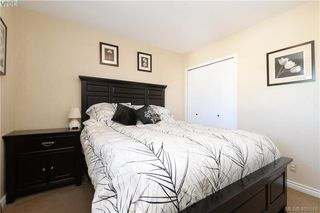 Photo 10: 7 400 Culduthel Road in VICTORIA: SW Gateway Row/Townhouse for sale (Saanich West)  : MLS®# 405518