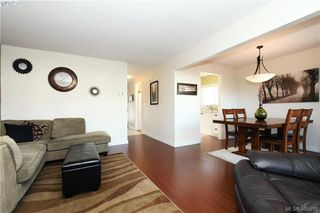 Photo 4: 7 400 Culduthel Road in VICTORIA: SW Gateway Row/Townhouse for sale (Saanich West)  : MLS®# 405518