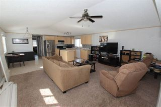 Photo 2: 57 GRAYWOOD Cove: Stony Plain Manufactured Home for sale : MLS®# E4143493