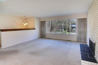 Photo 4: 1519 Winchester Road in VICTORIA: SE Mt Doug Single Family Detached for sale (Saanich East)  : MLS®# 405984