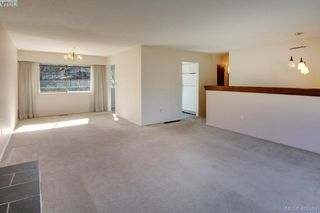 Photo 5: 1519 Winchester Road in VICTORIA: SE Mt Doug Single Family Detached for sale (Saanich East)  : MLS®# 405984