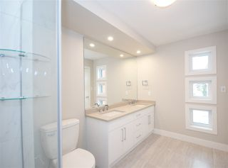 Photo 15: 9334 83 Street in Edmonton: Zone 18 House for sale : MLS®# E4146179