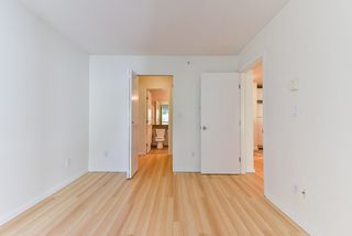 "Photo 15: 419 6833 VILLAGE GREEN in Burnaby: Highgate Condo for sale in ""CARMEL"" (Burnaby South)  : MLS®# R2349638"
