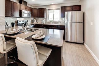 Photo 10: 70 1005 Graydon Hill Boulevard in Edmonton: Zone 55 Townhouse for sale : MLS®# E4149052