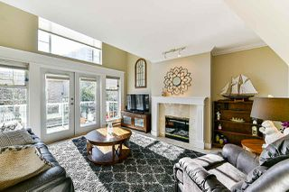 Photo 8: 213 25 RICHMOND Street in New Westminster: Fraserview NW Condo for sale : MLS®# R2357441